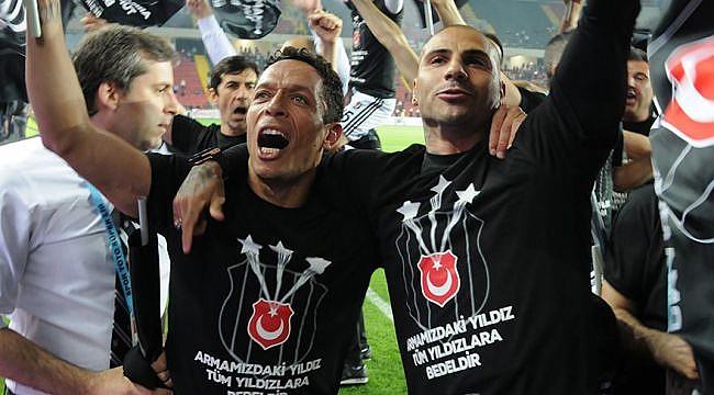 Adriano'dan şampiyonluk sonrası açıklamalar
