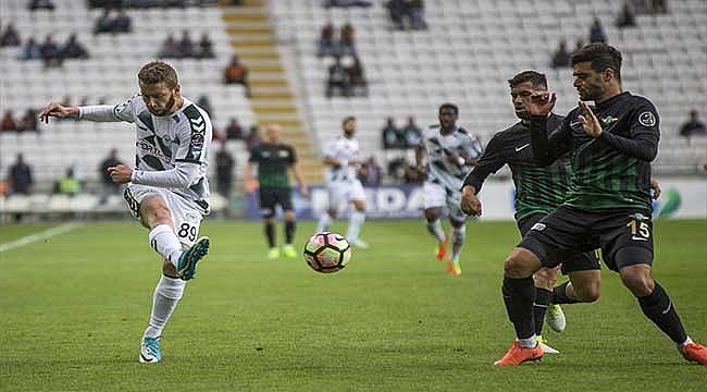 Akhisar Konyaspor'u rahat geçti