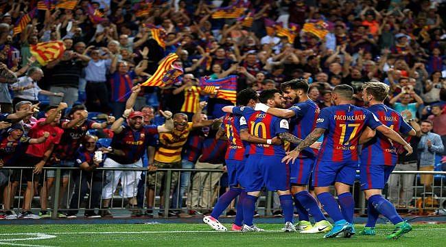 Barcelona sezonu kupayla kapattı