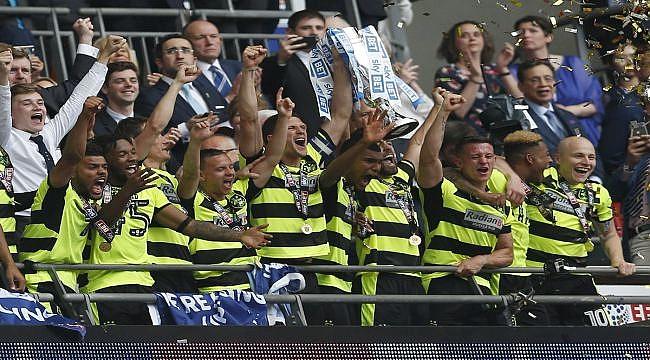 Son Premier Lig bileti Huddersfield'ın