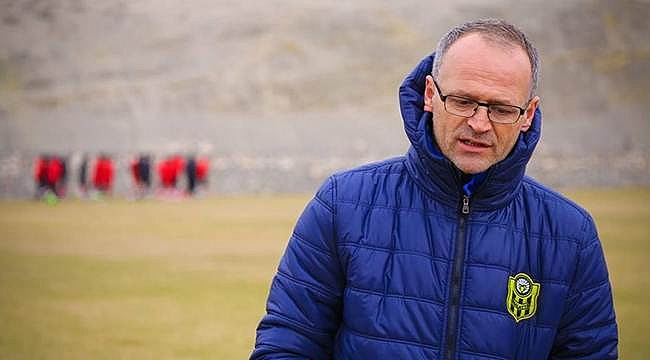 Yeni Malatyaspor'dan flaş teknik direktör kararı