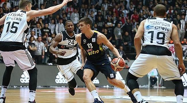 Beşiktaş'ta Fenerbahçe maçlarının biletleri tükendi
