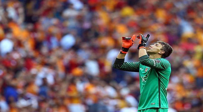 Muslera Galatasaray'da 200. maçına çıkıyor