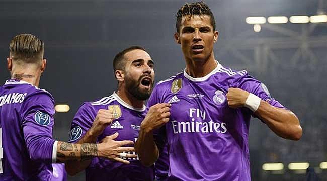 Ronaldo Messi'yi yine geçti