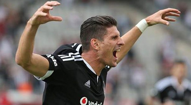 Beşiktaş açıkladı! Mario Gomez transferinde gelişme!