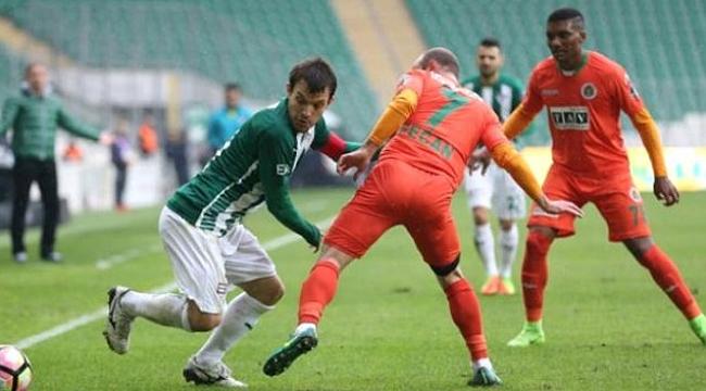 Bursaspor - Alanyaspor maçı hangi kanalda saat kaçta?