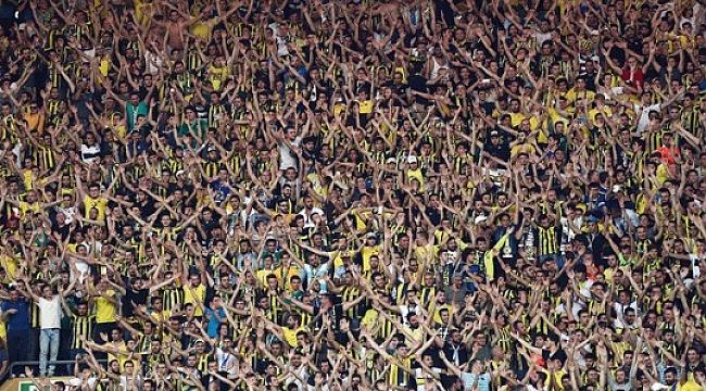 Elif'li Fenerbahçe Cagliari karşısında