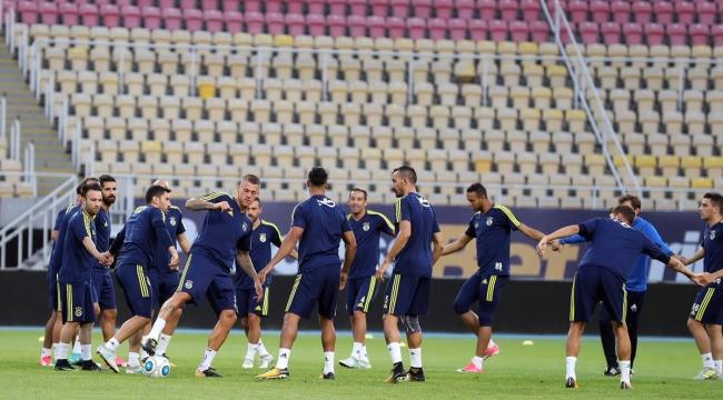 Fenerbahçe'nin Vardar maçı ilk 11'i belli oldu!