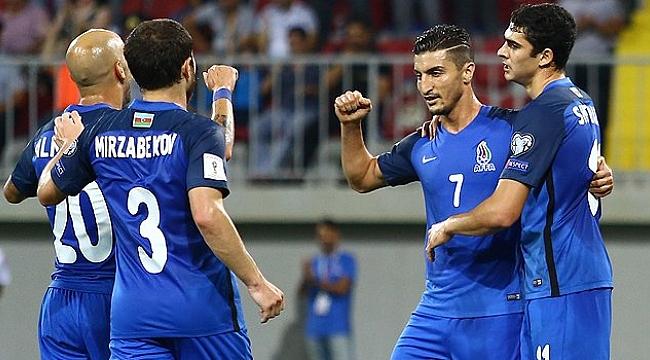 Azerbaycan'dan 5 gollü tarife