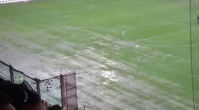 İtalya'da maçlar erteleniyor