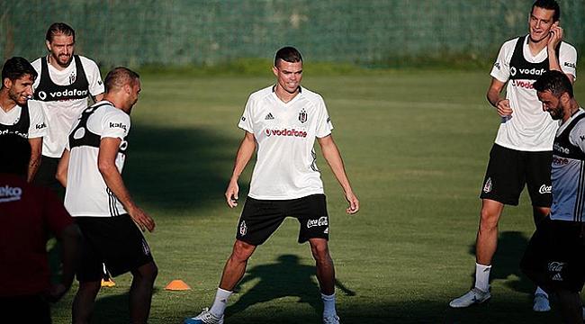 Pepe'nin sakatlığı korkuttu