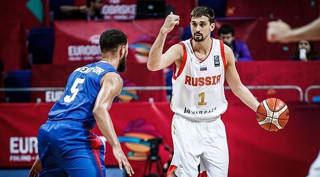 Rusya son maçını kazandı