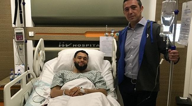 Ali Koç've Semih Özsoy'dan Ennis'e ziyaret