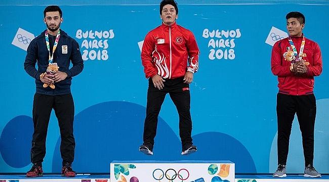 Arjantin'deki Gençlik Olimpiyatları'ndan biri altın 2 madalya geldi