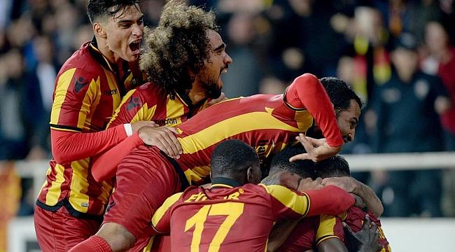 Galatasaray ağır yaralı: 0-2