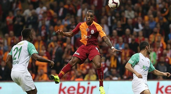 Galatasaray evinde 16 maç sonra puan kaybetti