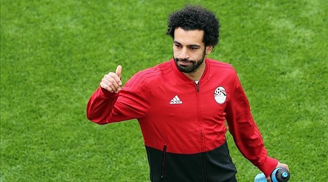 Muhammed Salah kornerde gol attı