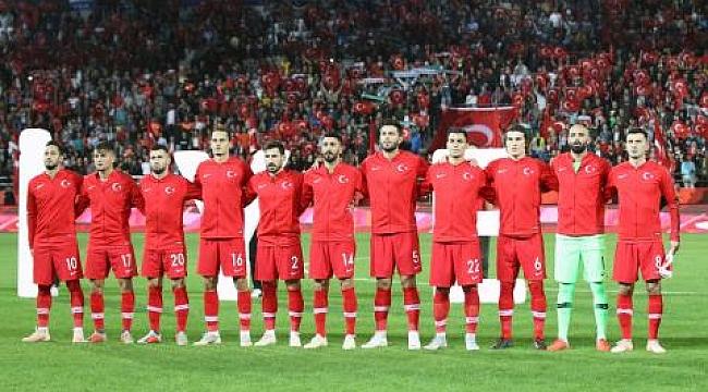 Arnavutluk ile deplasmanda karşılaşıyoruz