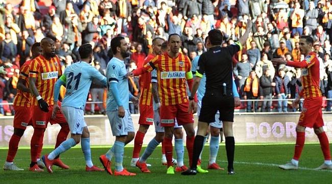 Başakşehir 90+7'de penaltıyla puan aldı