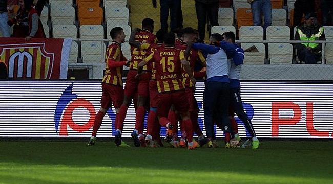 Yeni Malatyaspor Ankaragücü'nü 3 golle aştı