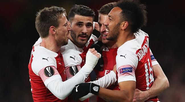 Arsenal yarı finale yaklaştı