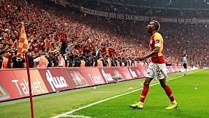 Galatasaray'da 15 futbolcu ilk kez şampiyonluk gördü