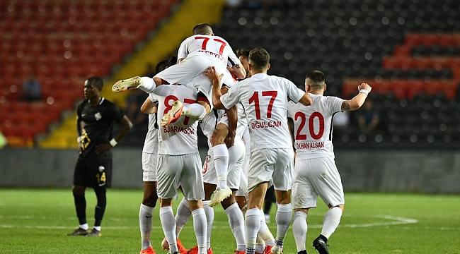 Gazişehir Osmanlıspor'u penaltılarla geçti