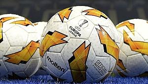 UEFA Avrupa Ligi'ne son bilet için 4 takım çekişiyor
