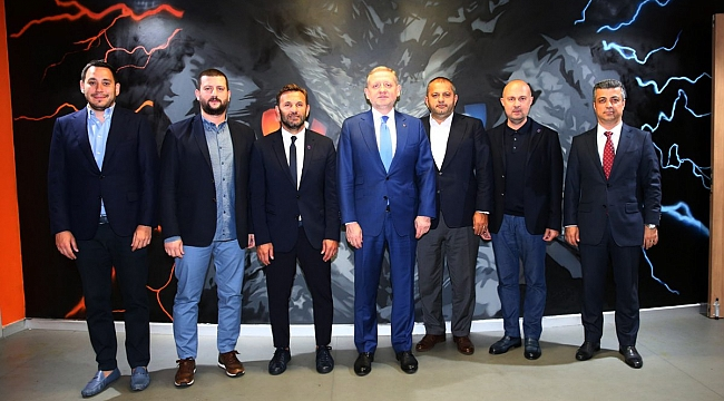 Başakşehir Okan Buruk'la resmi sözleşme imzaladı