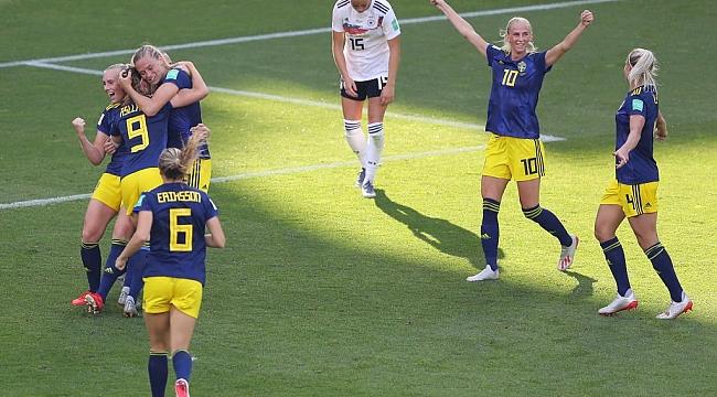 Kadınlar Dünya Kupası'nda yarı finalistler belli oldu