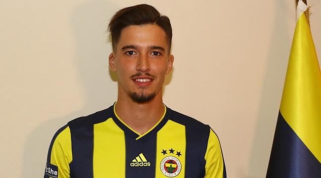 Altay Bayındır da Fenerbahçe'de