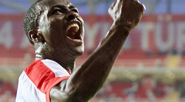 Antalyaspor Drole'yi Las Palmas'a kiraladı