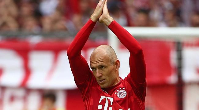Arjen Robben futbolu bırakkı