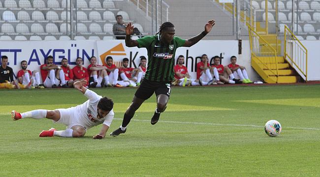 Denizlispor Eskişehirspor'u Rodallega ile geçti