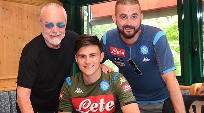 Eljif Elmas Napoli'ye imzayı attı, maça çıktı
