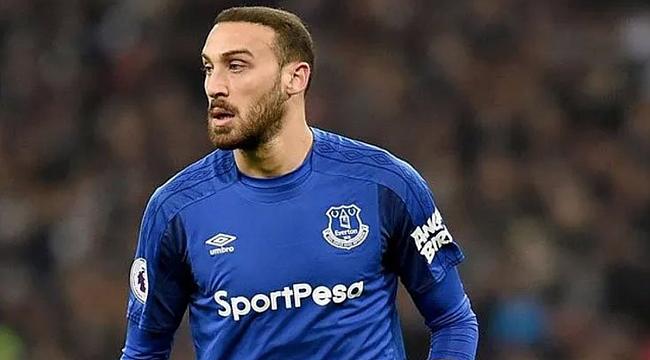 Everton Cenk Tosun Zaha takasında önerdi