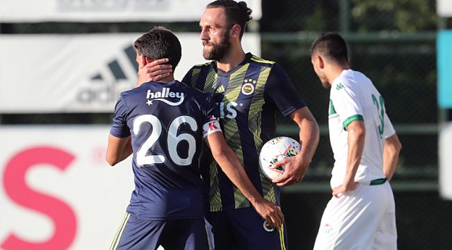 Fenerbahçe Bursaspor'u Vedat Muriqi ile geçti