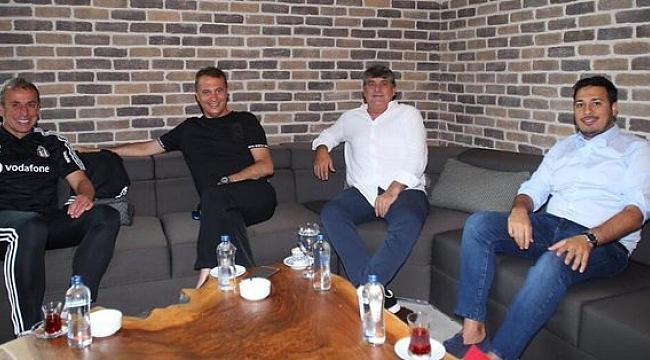 Fikret Orman'dan Beşiktaş kampına ziyaret