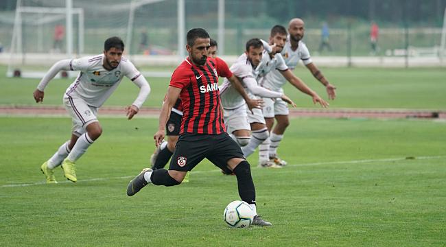 Gazişehir Dinamo Bükreş'e 2-1 mağlup