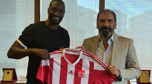 Mustapha Yatabare Sivasspor'da