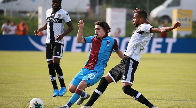 Trabzonspor Parma'yla 2-2 berabere kaldı