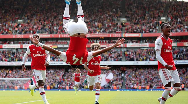 Arsenal Burnley'i iki yıldızıyla yendi