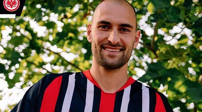 Bas Dost Eintracht Frankfurt'a transfer oldu