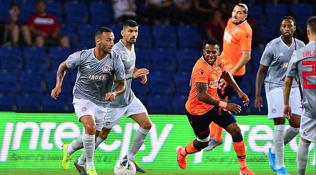 Başakşehir avantajı Olympiakos'a verdi