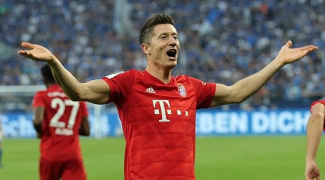 Bayern Münih Lewandowski'nin sözleşmesini uzattı