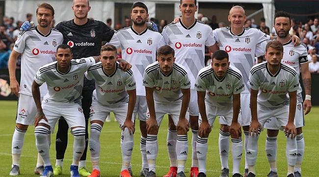 Beşiktaş Göztepe maçıyla taraftarının karşısında