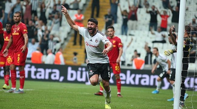 Beşiktaş Göztepe'yi 3 golle geçti