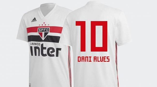Dani Alves Sao Paulo'ya transfer oldu