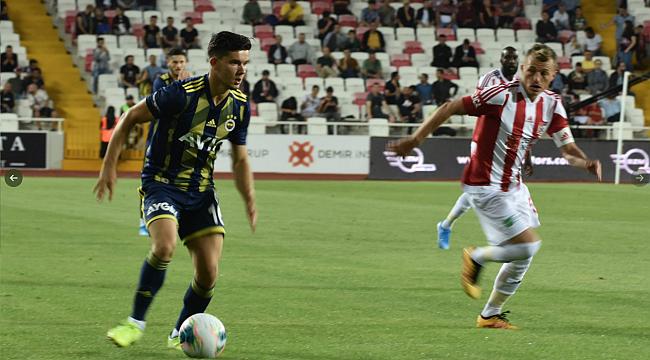 Fenerbahçe Sivas'ta da kayıp