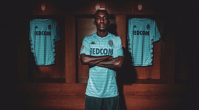 Henry Onyekuru Monaco'ya transfer oldu